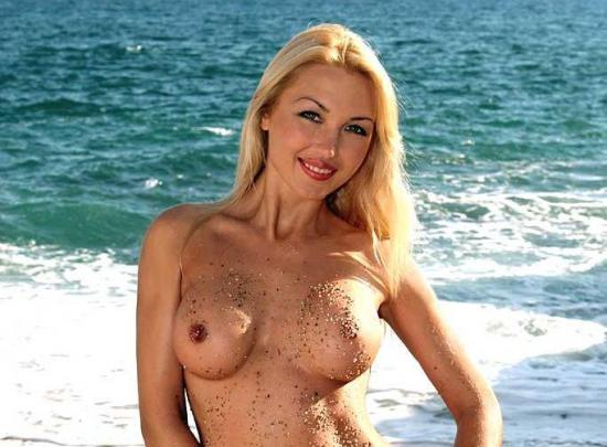 Барышня порнозвезда таня таня онлайн скамейке