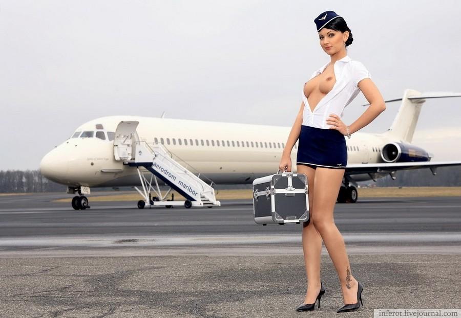seksualnaya-styuardessa-foto