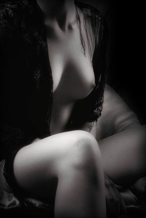 erotika-v-cherno-belih-foto