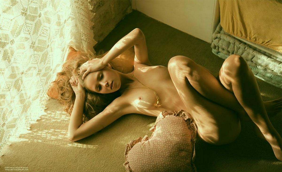 nezhnie-devushki-erotika