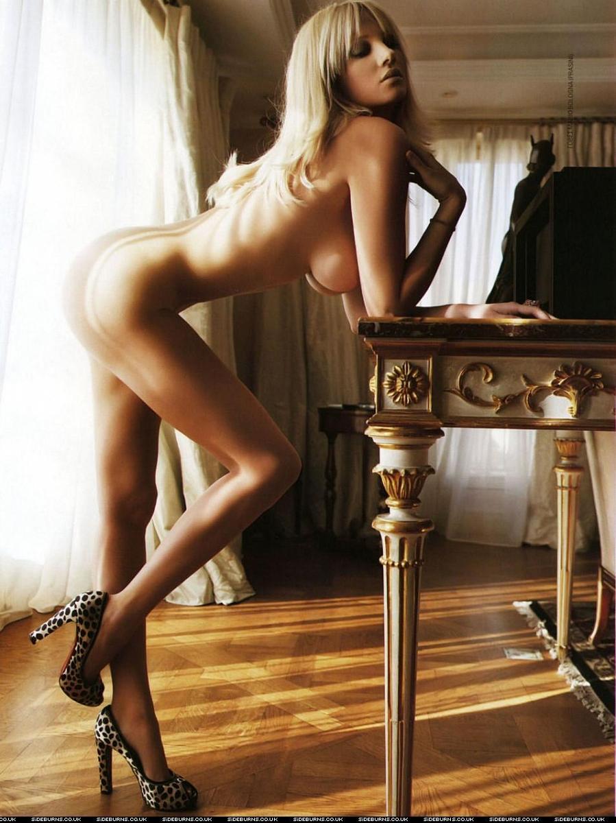 Эротик фото самые горячие девушки 18 фотография