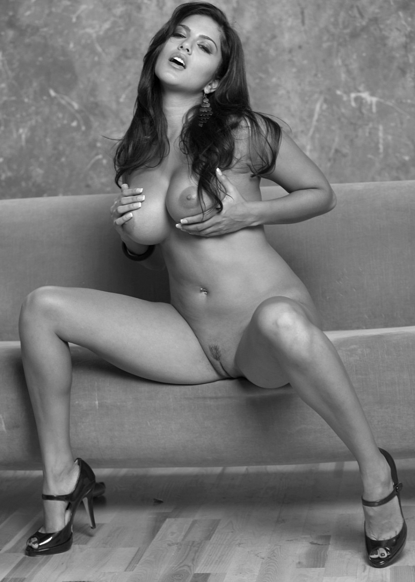 Секс латиноамериканки каблуки 14 фотография