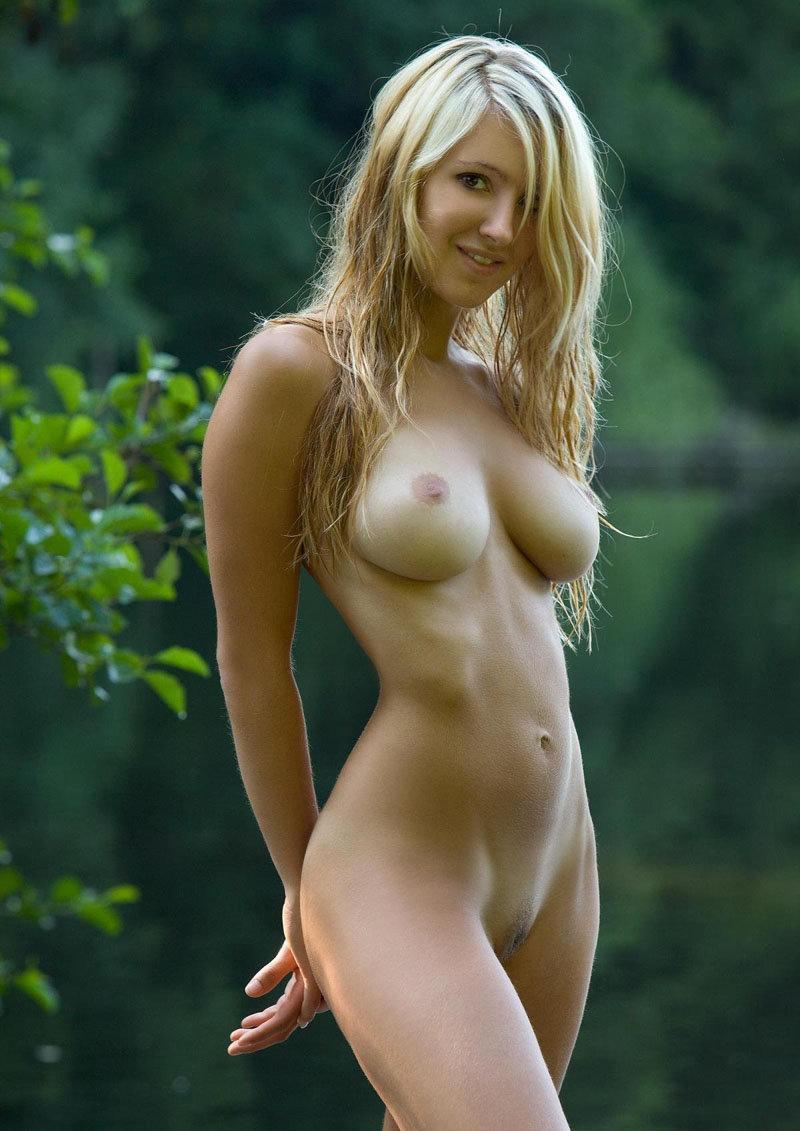 Качественное фото голых женщин 9