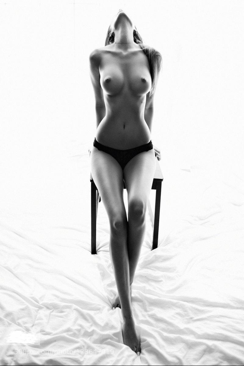 paulina-garces-naked