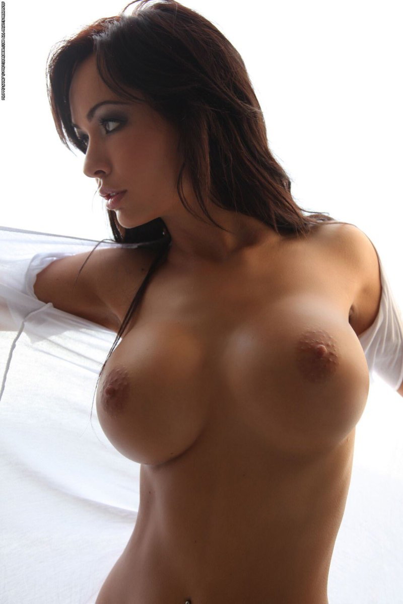 girls-boobs-naked-with-guys-pps-up-close-sex-embarasing-videos