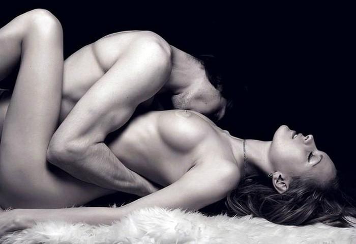 Почему мужчина любит эротические фото