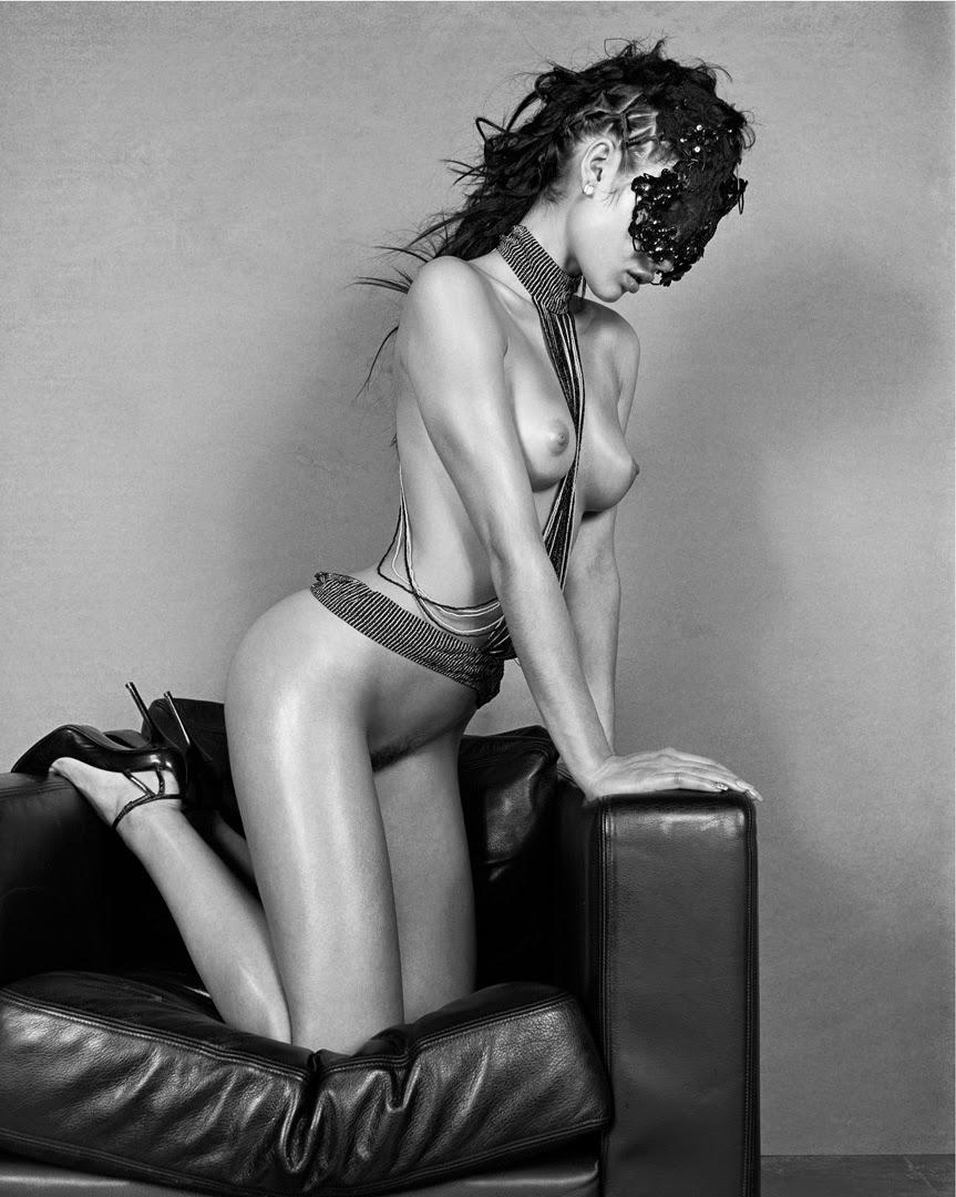 Эротические фото знаменитых людей аксессуары
