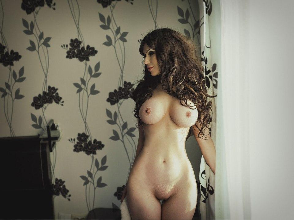 Прекрасные голые женщины крупного телосложения