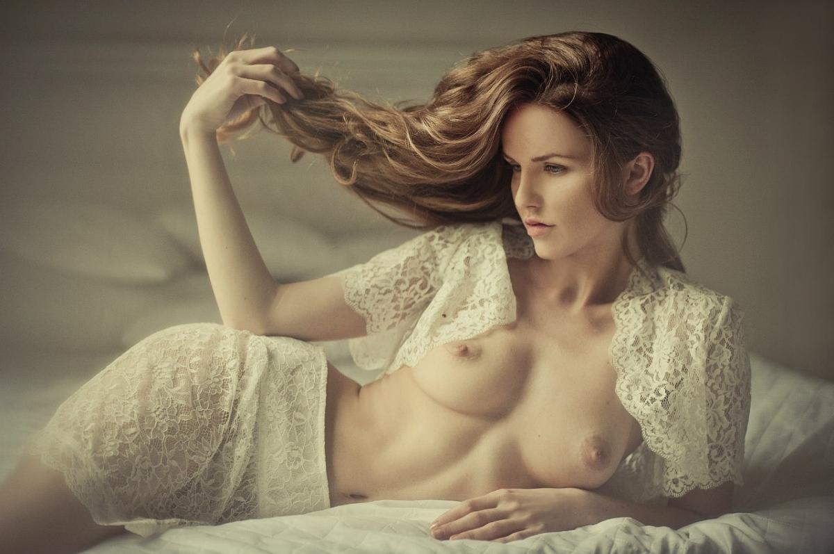 nayti-fotomodel-dlya-fotosemki-obnazhenki-foto-ebli-biseksualov-zhestkoe-porevo