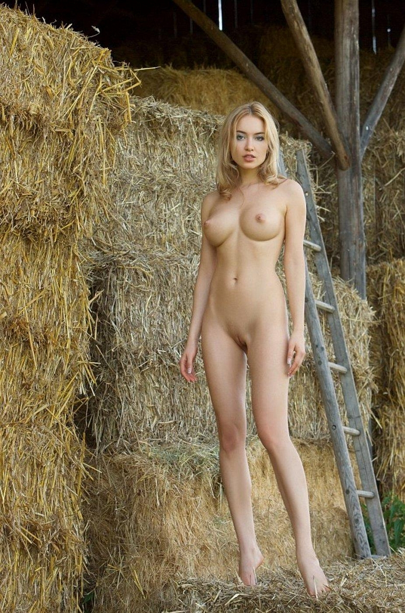 Spy french nude on farm coco anal