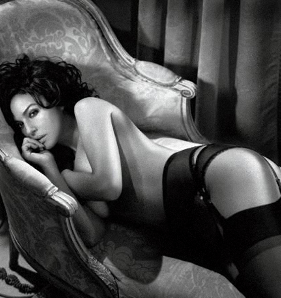 Italian sexy actresses — pic 9